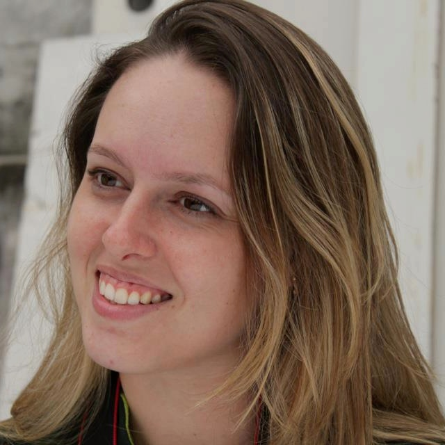 Cecília Kruszynski, MSc: http://lattes.cnpq.br/1541323990398520
